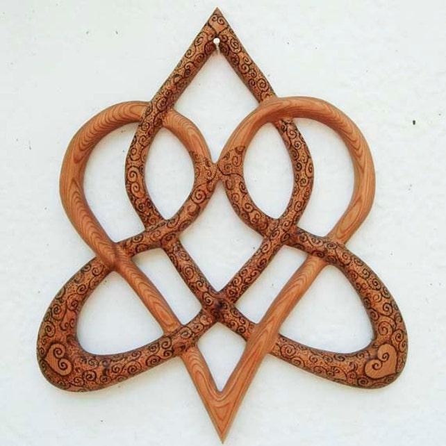 Wood Burned Stylized Celtic Heart Knot Of Everlasting Love Etsy