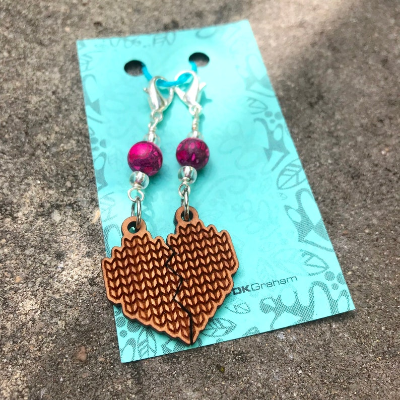 Knit Yarn Friendship Heart Charms Stitchmarker with Pink image 0