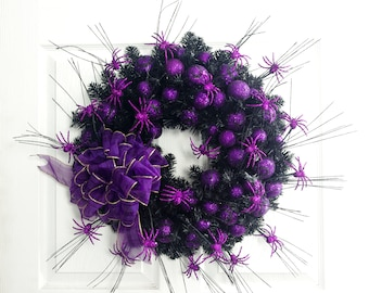 Purple Spider Wreath, Halloween Wreath, Halloween Decorations, Holiday Wreath, Purple Wreath, Spiders, Front Door Wreath, Halloween Mantel