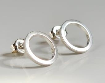 Sterling Silver Open Circle Stud Earrings - Minimalist Geometric Studs - Nickel Free - Hook And Matter Brooklyn NYC