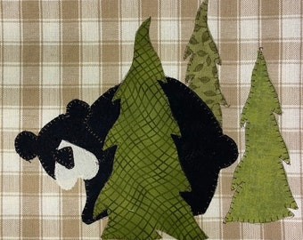 Woodland Bear Applique PDF Pattern from Quilt Doodle Designs