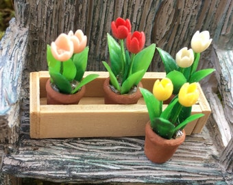 Miniature Tulips in Window Box, Removable Flower Pots, Dollhouse Miniature, 1:12 Scale, Miniature Flowers, Miniature Gardening, Accessories