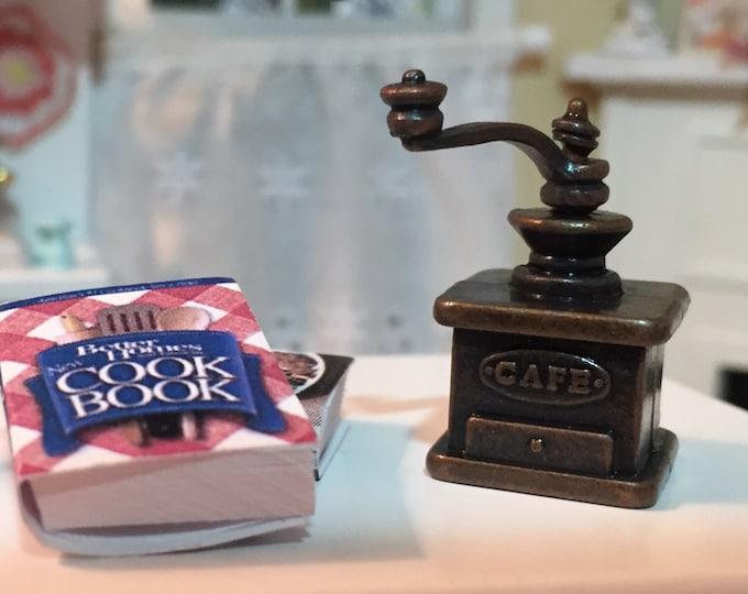 Miniature Coffee Grinder, Dollhouse Miniature, 1:12 Scale, Metal Coffee Grinder, Miniature Dollhouse Kitchen Decor, Accessory