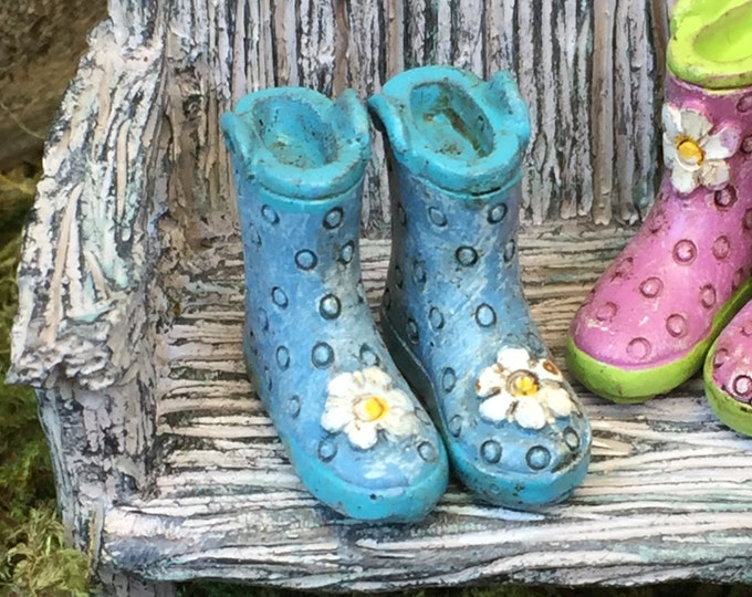 Miniature Rain Boots, Wellies, Blue with Blue Sole and White Daisy, Fairy Garden Accessory, Home and Garden Decor, Mini Polka Boots