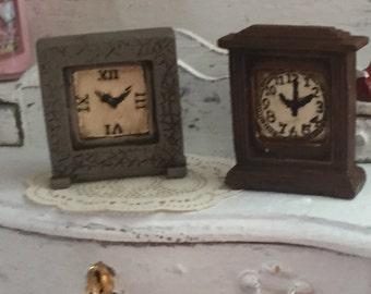 Miniature Clocks, Set of 2, Mantle Style Clocks, Dollhouse Miniature, 1:12 Scale, Dollhouse Accessories, Decor Item, For Dollhouse, Clocks