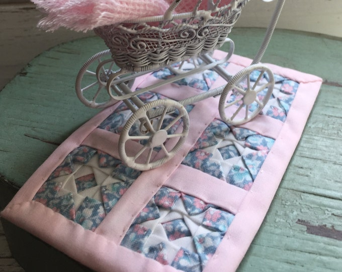 Miniature Baby Quilt, Hand Crafted Pink Star Quilt,Dollhouse Miniatures, 1:12 Scale, Dollhouse Decor, Accessory, Handmade Mini Quilt