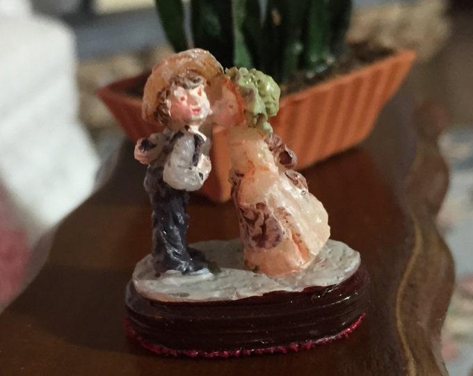 Miniature Dollhouse Figurine, Boy & Girl Kissing, Dollhouse Miniature, 1:12 Scale, Miniature Knick Knack, Decor, Collectible