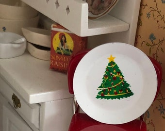 Miniature Christmas Tree Plate, Dollhouse Miniature, 1:12 Scale, Mini Metal Plate With Tree, Holiday Decor, Dollhouse Accessory
