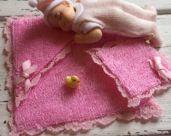 Miniature Pink Baby Bath Towel Set, Clearance Priced,  Dollhouse Miniatures, 1:12 Scale, Dollhouse Nursery, Bathroom Decor