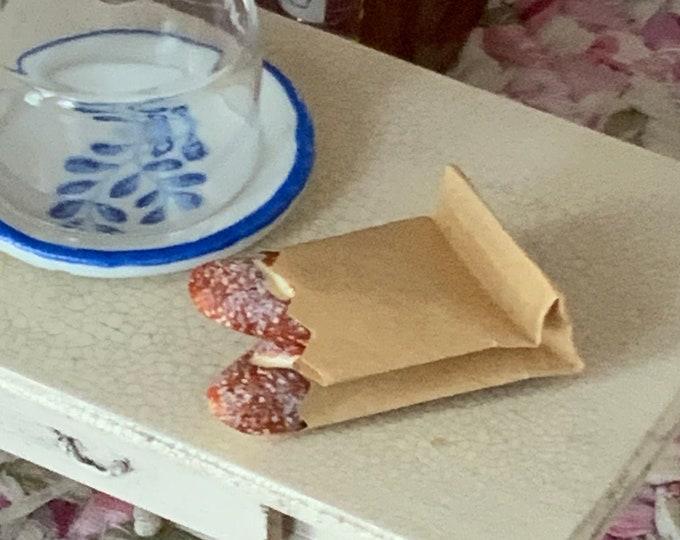 Miniature Fresh Bread, Mini Bread Loaves in Paper Bag, Dollhouse Miniature, 1:12 Scale, Dollhouse Food, Mini Bread, Dollhouse Decor