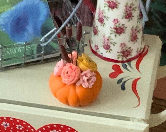 Miniature Fall Flower Centerpiece, Flower Arrangement in Pumpkin,  Dollhouse Miniature, 1:12 Scale, Dollhouse Decor, Accessory