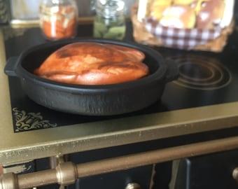 Miniature Turkey in Black Roasting Pan, Dollhouse Miniature, 1:12 Scale, Dollhouse Kitchen Food, Play Food, Thanksgiving, Roasted Turkey