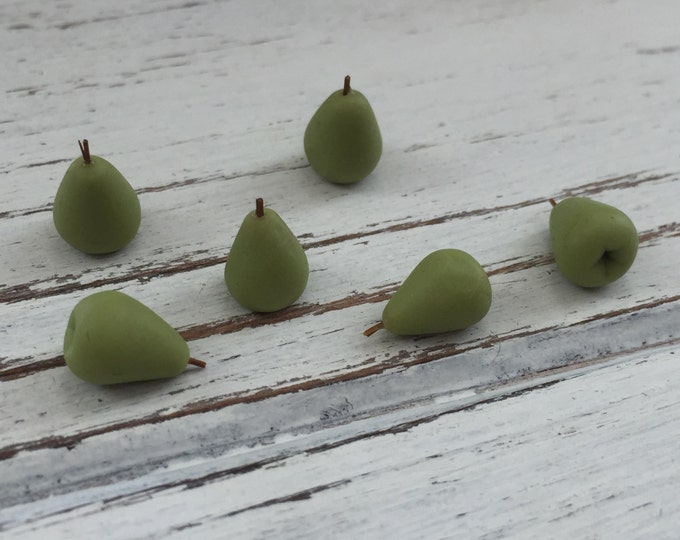 Miniature Pears, Dollhouse Miniature Food, 1:12 Scale, Dollhouse Accessories, Set of 6, Pretend Food, Dollhouse Kitchen, Mini Pears