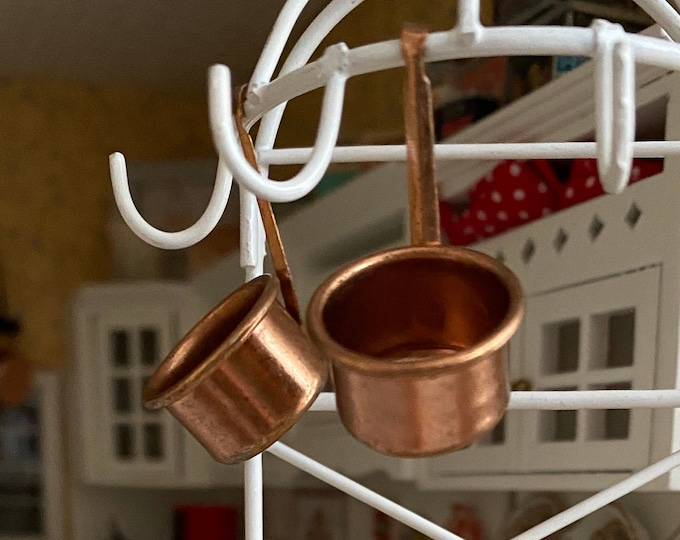 Miniature Hanging Copper Pot Set, 2 Piece Set, Mini Cookware, Dollhouse Miniatures, 1:12 Scale, Kitchen Decor, Accessory, Mini Pots