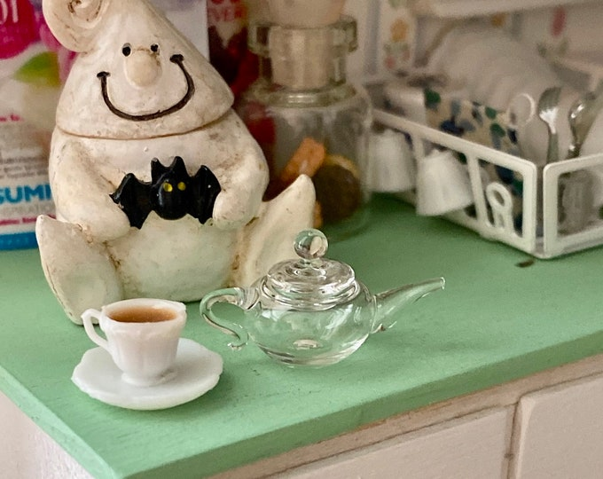 Miniature Glass Teapot, Clear Teapot with Lid,  Style #04, Dollhouse Miniature, 1:12 Scale, Dollhouse Kitchen Decor, Accessory
