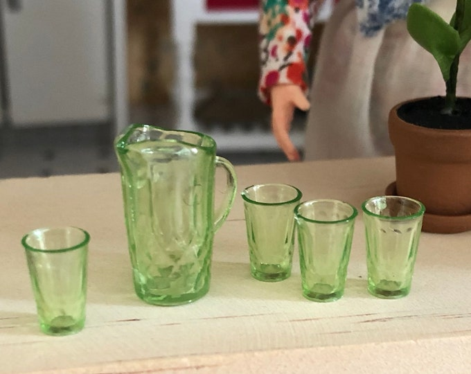 Miniature Green Pitcher and Glasses Set, Dollhouse Miniature, 1:12 Scale, Dollhouse Kitchen Dining Accessories, Drinking Glasses & Pitcher
