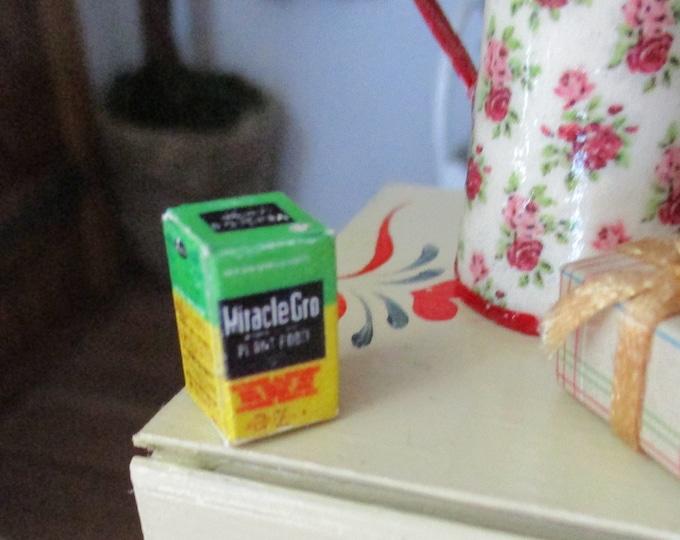 Miniature Plant Food Box, Mini Gardening Supply, Mini Box, Dollhouse Miniature, 1:12 Scale, Dollhouse Decor, Accessory, Mini Gardening