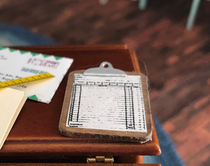 Miniature Clip Board, Dollhouse Miniature, 1:12 Scale, Dollhouse Office Decor, Accessory, Mini Paper
