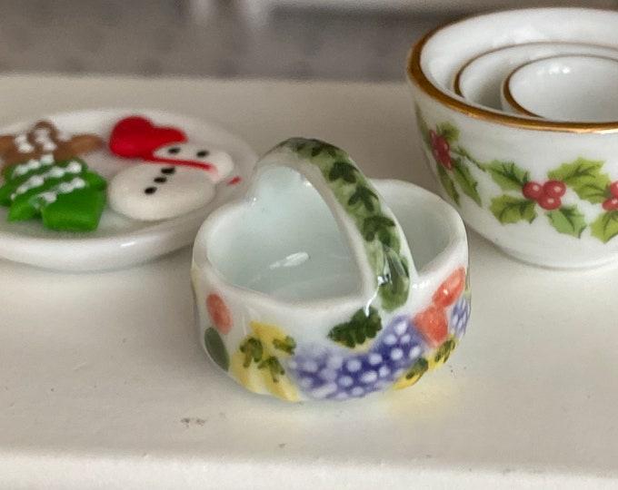 Miniature Basket, Ceramic Spring Garden Basket, Dollhouse Miniature, 1:12 Scale, Dollhouse Accessory, Decor, Mini Basket