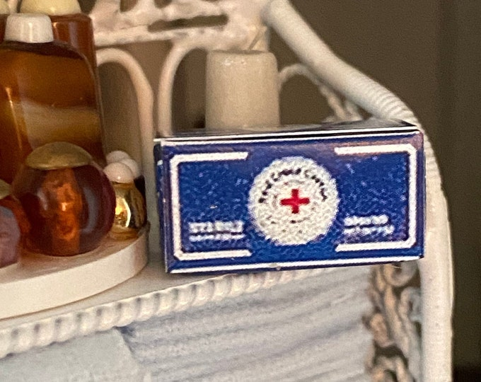 Miniature Cotton Box, Mini First Aid Cotton Box, Dollhouse Miniatures, 1:12 Scale, Dollhouse Bathroom Accessory, First Aid, Decor