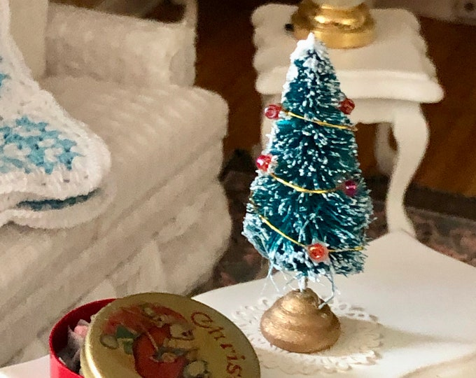 Miniature Christmas Tree, Little Decorated Tree, Dollhouse Miniature, 1:12 Scale, Dollhouse Accessory, Holiday Decor, Mini Tree
