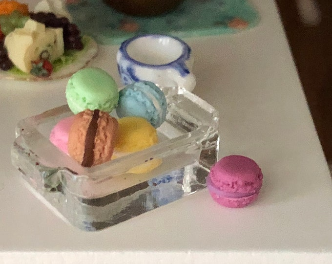 Miniature Macaroons with Glass Dish, 7 Piece Set, Mini Macarons, Dollhouse Miniature, 1:12 Scale, Dollhouse Accessory, Decor, Cookies, Dish