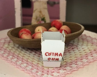 Miniature Chinese Take Out Box, Mini Carton with Wire Handle, Dollhouse Miniature, 1:12 Scale, Dollhouse Accessory, Decor, Mini Box