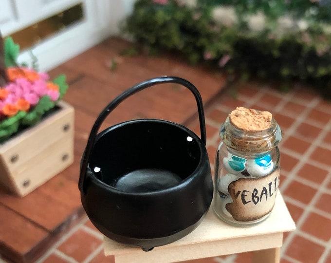 Miniature Cauldron, Mini Black Handle Cauldron Pot, Dollhouse Miniature, 1:12 Scale, Dollhouse Accessory, Decor, Halloween
