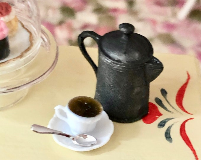 Miniature Coffee Pot, Black Cast Iron Look Coffee Pot, Vintage Look, Dollhouse Miniature, 1:12 Scale, Dollhouse Accessory