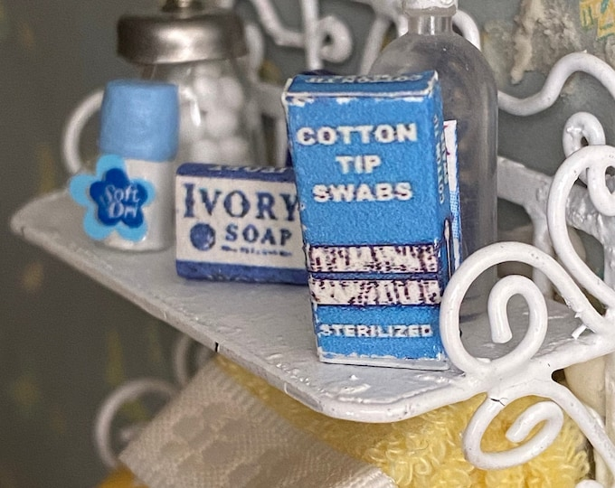 Miniature Cotton Tip Swaps Box, Dollhouse Miniature, 1:12 Scale, Dollhouse Bathroom Decor, Accessory