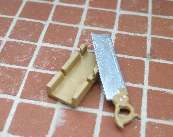 Miniature Mitre Box and Saw, Mini Saw 2 Piece Set, Dollhouse Miniature, 1:12 Scale, Dollhouse Accessory, Mini Tool, Decor, Crafts