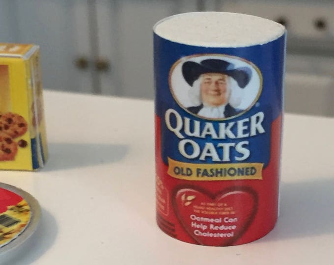 Miniature Oatmeal Box, Breakfast, Dollhouse Miniature, Dollhouse Accessory, Mini Food, 1:12 Scale, Kitchen Decor, Dollhouse Accessory