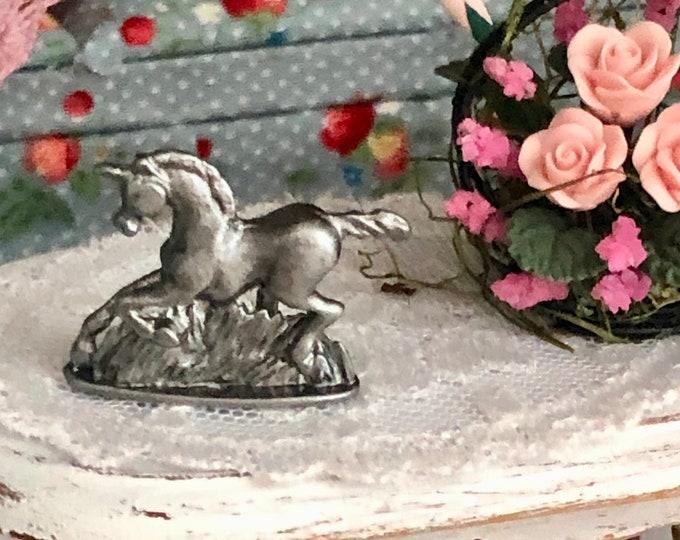 Miniature Unicorn Statue, Mini Unicorn Figurine, Dollhouse Miniature, 1:12 Scale, Dollhouse Decor Accessory