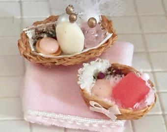 Miniature Bathroom Accessory Set, Pink Towel, Filled Baskets, Soaps, Perfumes, Dollhouse Miniature, 1:12 Scale, Bathroom Decor