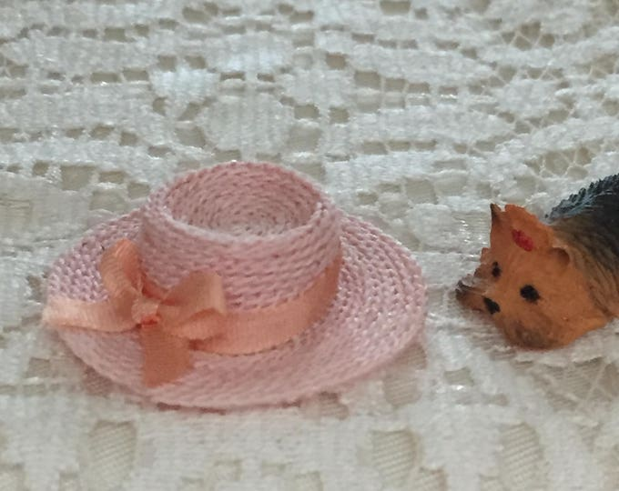 Miniature Pink Straw Hat With Bow, Dollhouse Miniature, 1:12 Scale, Dollhouse Accessory, Decor, Mini Hat