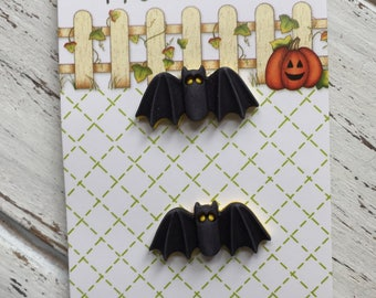 Bat Buttons, Carded Shank Back Buttons, Novelty Buttons by Buttons Galore, Style HH121, Set of 3 Bat Buttons