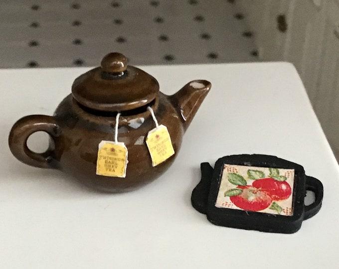 Miniature Trivet, Teapot Shaped Cast Iron Look Mini Trivet, Dollhouse Miniature, Dollhouse Decor, Accessory