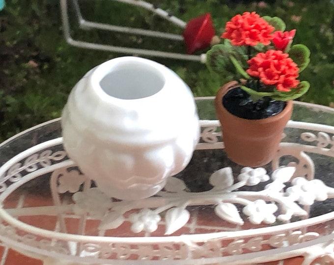 Miniature Vase, White Porcelain Vase Jardiniere, Round Vase, Dollhouse Miniature, 1:12 Scale, Dollhouse Decor, Accessory,