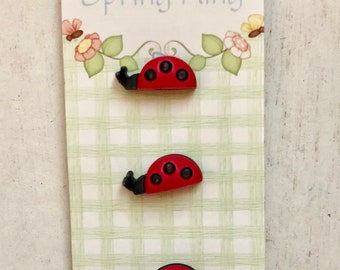 Ladybug Buttons, #130Shank Back Novelty Buttons by Buttons Galore, Carded Set of 3, 3D, Bright, Buttons, Set of 3, Carded Buttons