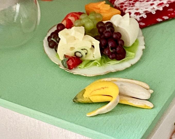 Miniature Banana, Partially Peeled Banana, Miniature Fruit, Dollhouse Miniature, 1:12 Scale, Mini Food, Dollhouse Decor, Accessory