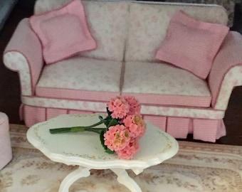 Miniature Hydrangeas. 6 Piece Bunch of Pink Hydrangeas, #69PK, Dollhouse Miniature, 1:12 Scale, Miniature Flowers, Dollhouse Accessory
