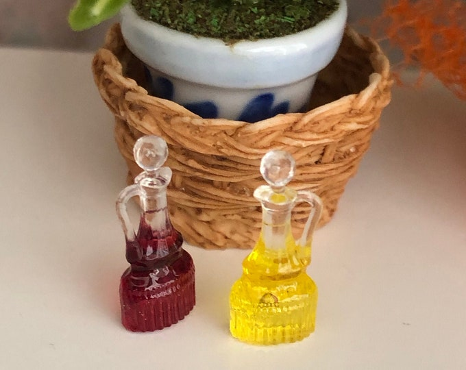 Miniature Oil and Vinegar Cruet Set, Dollhouse Miniatures, 1:12 Scale, Dollhouse Kitchen Dining Decor, Accessory, Crafts