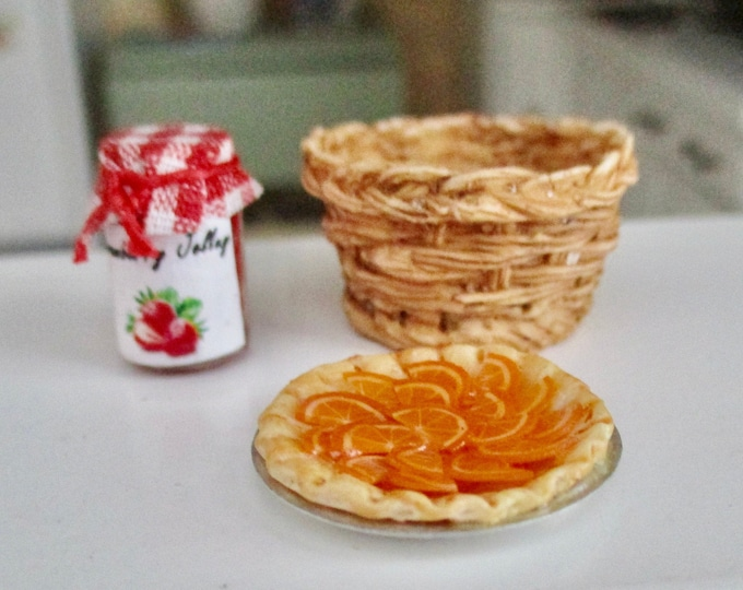 Miniature Orange Tart, Mini Orange Tart In Pie Pan, Style #00, Dollhouse Miniature, 1:12 Scale, Dollhouse Food, Accessory, Mini Food