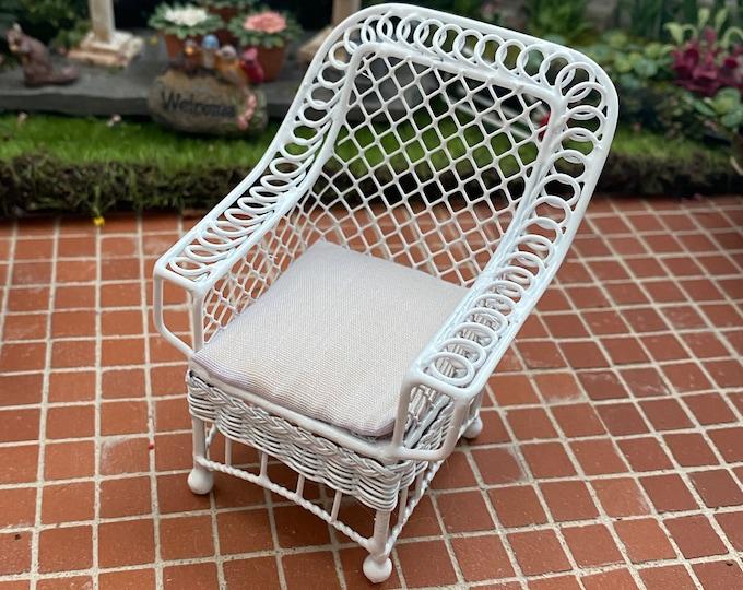 Miniature Chair, Bar Harbor Style White Wire Chair With Cushion, Dollhouse Miniature Furniture, 1:12 Scale, Mini Garden Patio Chair