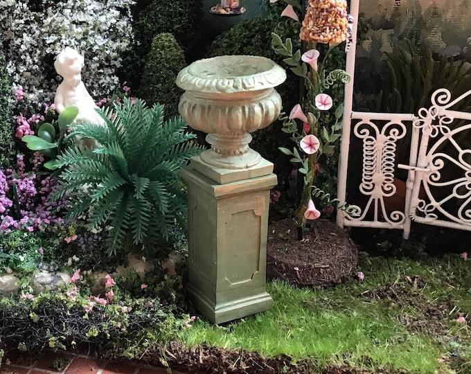 Miniature Planter With Base, Mini Urn Style Planter with Base, Dollhouse Miniature, 1:12 Scale, Dollhouse Garden Decor, Accessory