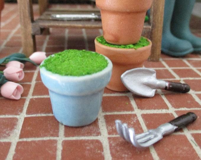 Miniature Flower Pot, Mini Blue Ceramic Moss Filled Flower Pot, Style #72, Dollhouse Miniature, 1:12 Scale, Miniature Garden Accessory