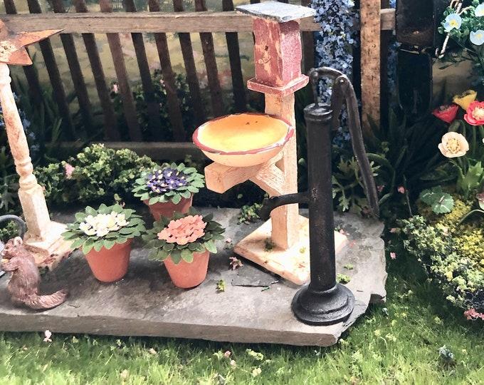 Miniature Outdoor Pump, Vintage Look Mini Black Pump, Dollhouse Miniature, 1:12 Scale, Dollhouse Accessory, Miniature Garden Decor
