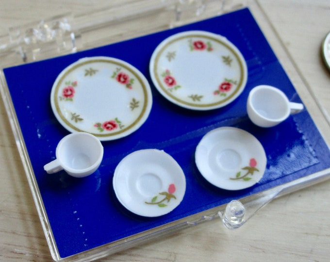 Miniature Place Setting Set, Decorated Dish Set, 6 Pieces, Plates, Cups and Saucers, Style #99P, Dollhouse Miniature, 1:12 Scale