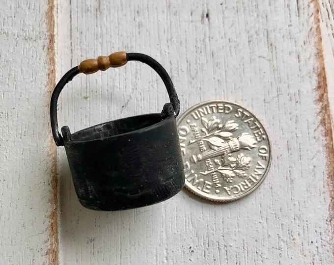 Miniature Black Pot, Mini Round Pot With Wood Look Handle, Cast Iron Look Miniature Pot, Dollhouse Miniature, 1:12 Scale, Mini Cookware