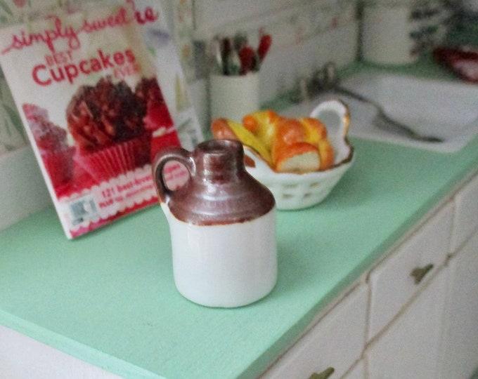 Miniature Ceramic Honey Jar, Mini Pottery, Dollhouse Miniature, 1:12 Scale, Mini Jar, Jug, Dollhouse Accessory, Decor, Crafts, Topper